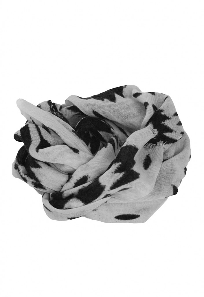 100% Wool Scarf in Grey/Black